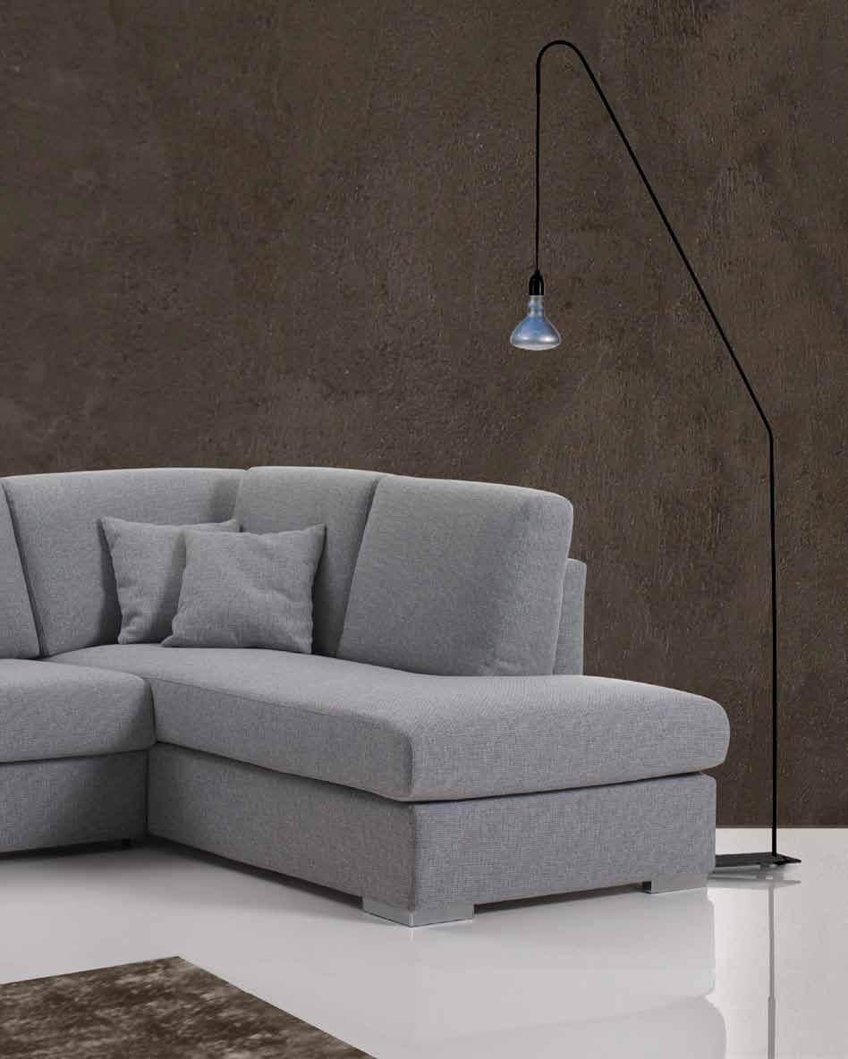 Divano letto modello pavone lampolet divani letto con for Divano letto con penisola