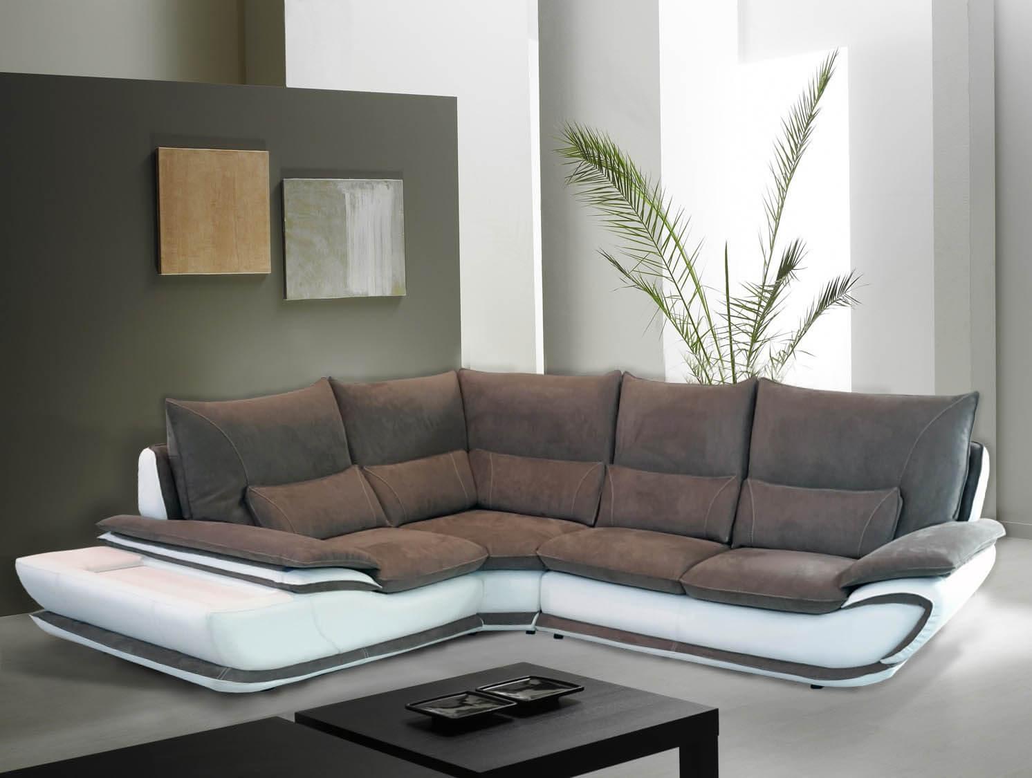 Divano modello elisabetta offerte divani fissi e divani for Divano bicolore