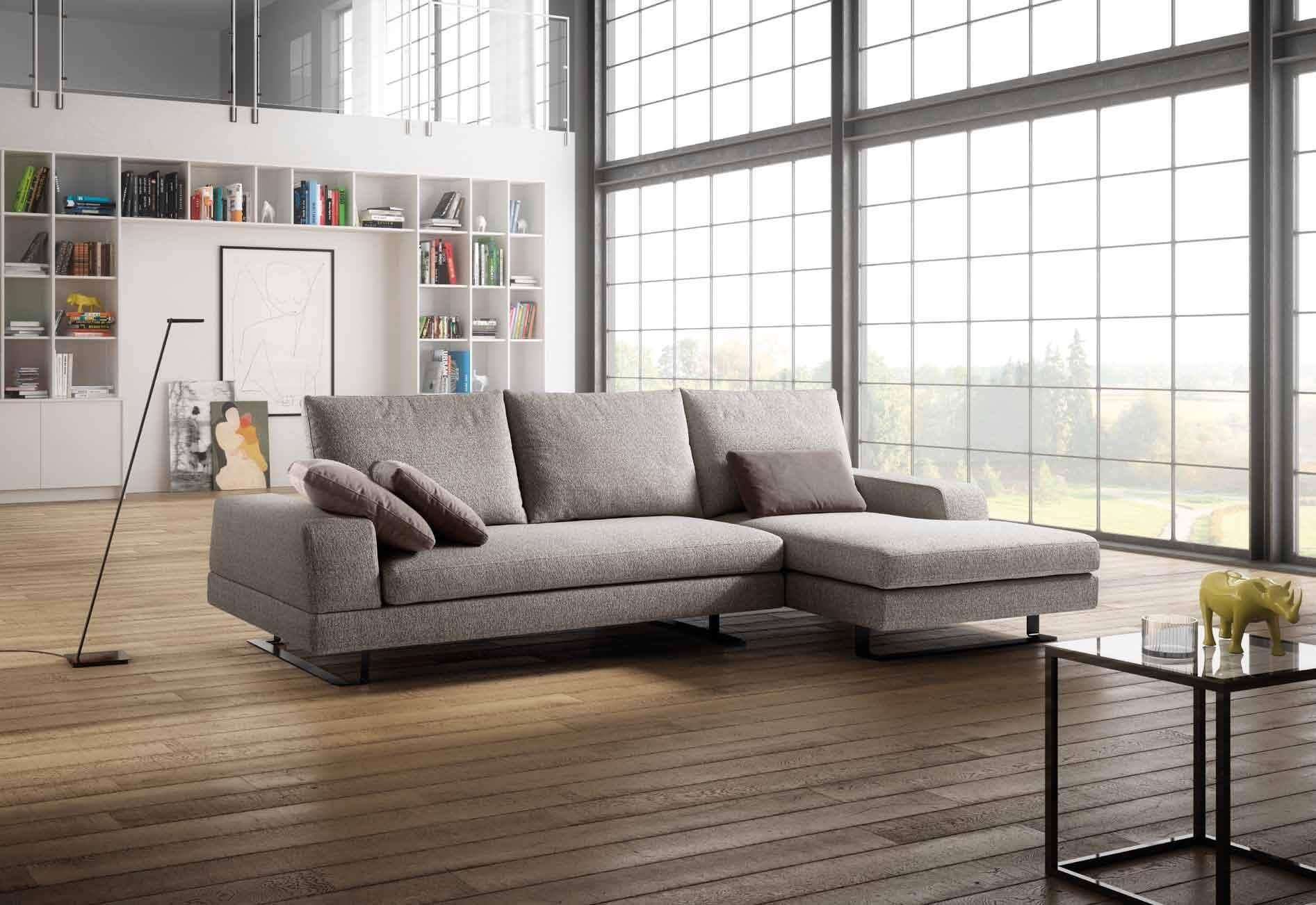 Divano modello acuto arredamento zona giorno divani e - Divano poco profondo ...