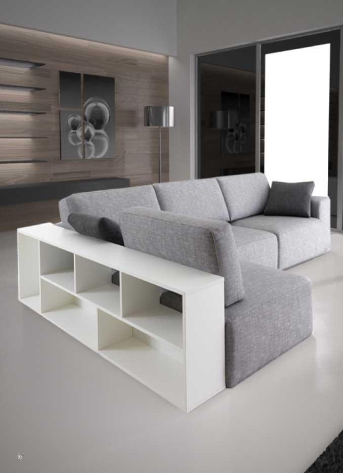 divano modello sliding con sedute scorrevoli con libreria
