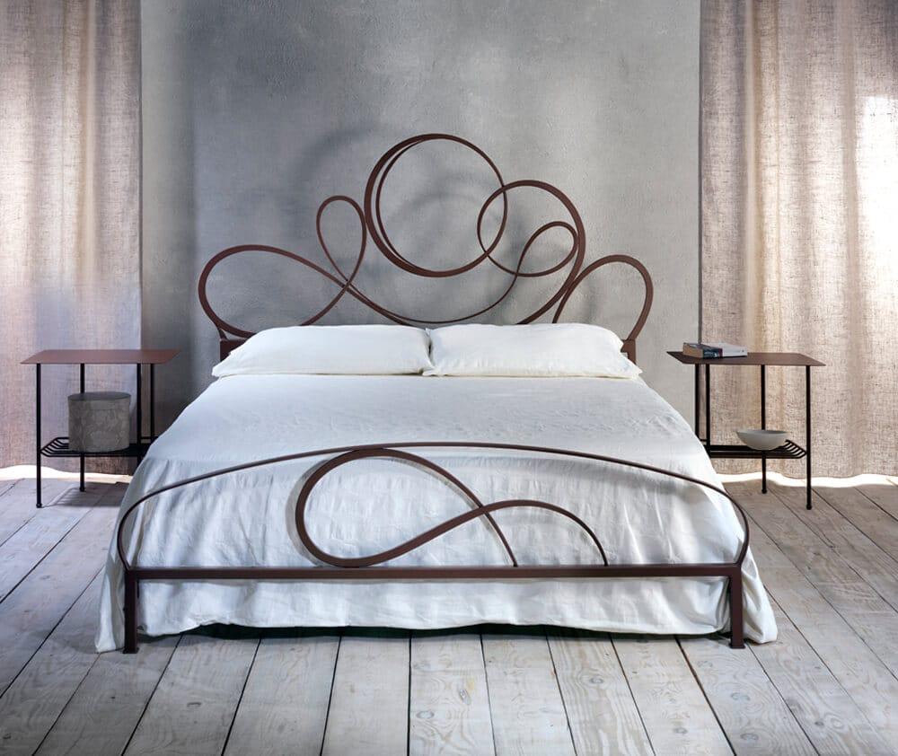 Letto in ferro battuto modello rava arredamento zona notte for Ferro battuto letto