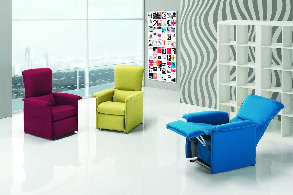 Poltrona relax modello cube poltrone relax for Poltrone design outlet online