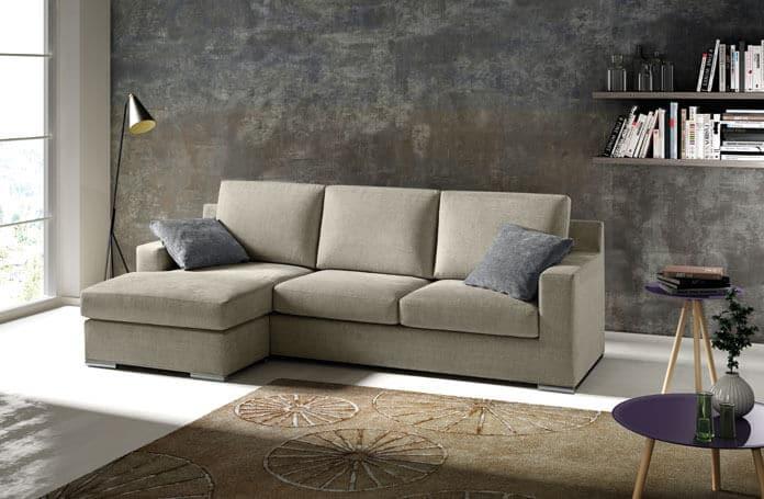 Divano modello your con profondit ridotta 80 cm arredamento zona giorno divani e poltrone - Profondita divano ...