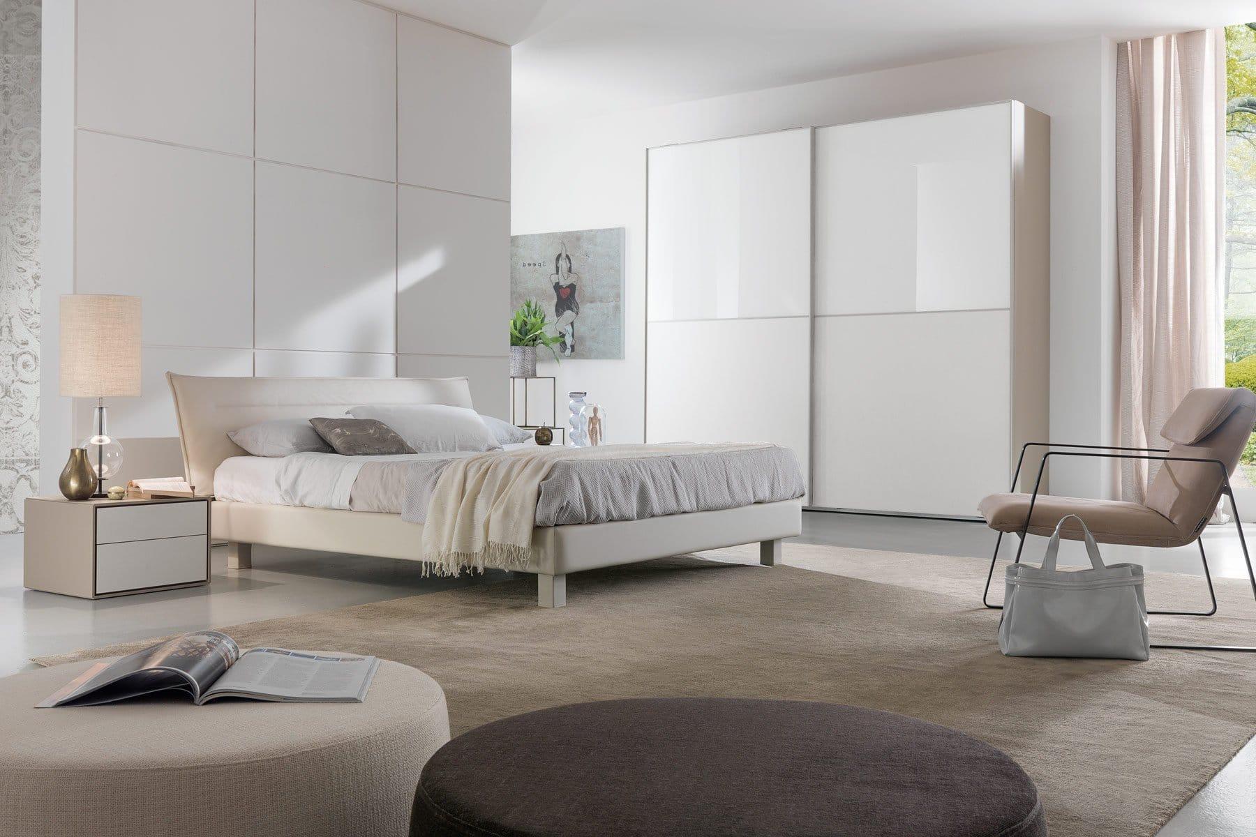 Camera da letto con armadio scorrevole Modello Catan ...