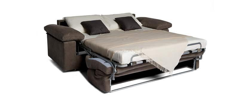 Divano letto modello cleo divani letto con materasso h18 - Divano letto aperto ...